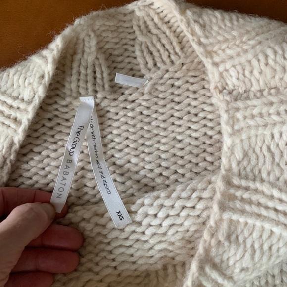 Aritzia wool & alpaca cream sweater